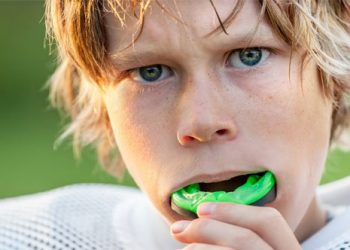 Essential Health Benefits of Sports Mouth Guards